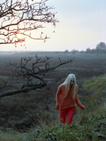 : Colors Red, Henrietta Hellberg, 2011 The2Bandits, Creatures Shots, Click, Harley Weir, Fashion Editorial, Winter 2011, Test Winter