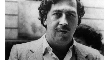 Pablo Escobar'ın mezarında öyle bir şey yaptı ki...