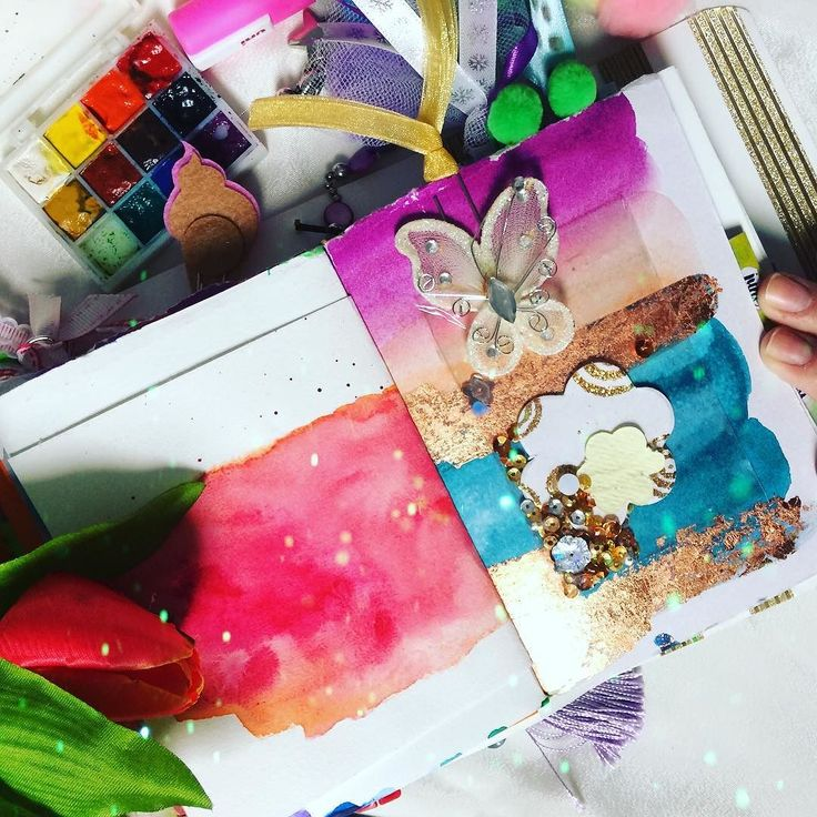 A short sneak peek on my #rainbow #artjournal  #books #book #read #reading #reader #instagood #library  #bookworm #readinglist #story #literature #literate #stories #artistsoninstagram #text #bookstagram #bibliophile #art #painting #bookishquotes #gobookyourself #fall #bookstagrammer #artjournaling #art #artjournal #artbook #artist #artofinstagram