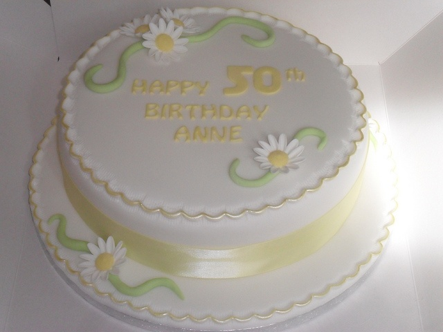 yellow green daisy flowers birthday cake by lizzies_cakes lizzies cupcakes lizziescakeshop, via Flickr