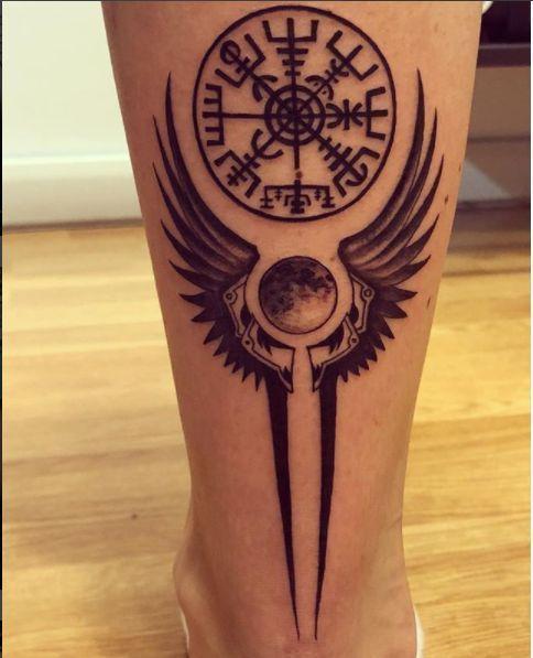 35+ Viking Tattoo Designs und Inspirationen #Tattoo #Tattoos #Skizzen #Designs