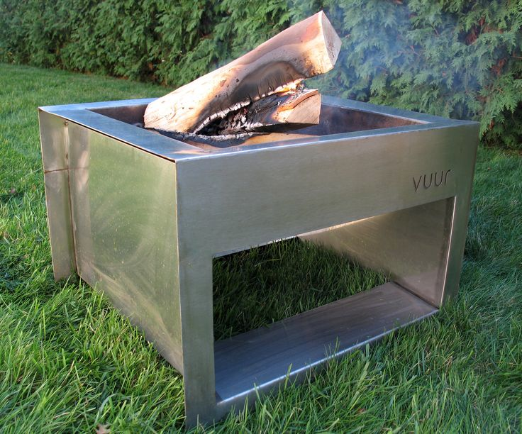 Vintage The showy cousin of the Trae fire pit Made from high quality stainless steel