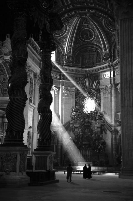Italy. The Basilica of St. Peter, Vatican City, 1949.  //  David Seymour, Magnum Photos