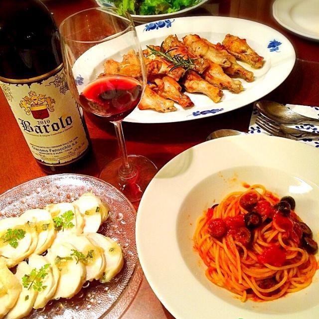 子供達の大好きメニューです - 67件のもぐもぐ - 今夜は赤ワインとローズマリーチキン、ブッタネスカ、鶏ハム、サラダでお夕食 by 72Yu18