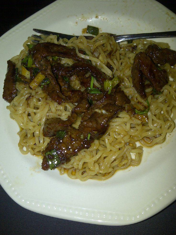 ... ramen noodles http://www.foodandwine.com/recipes/grilled-flank-steak