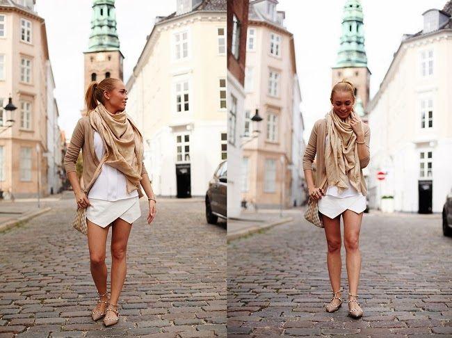 Copenhagen street style white & beige. Louis Vuitton Speedy damien azur, Louis Vuitton beige shawl, Valentino rock-stud ballerinas -> http://pret-a-porter-sini.blogspot.fi/