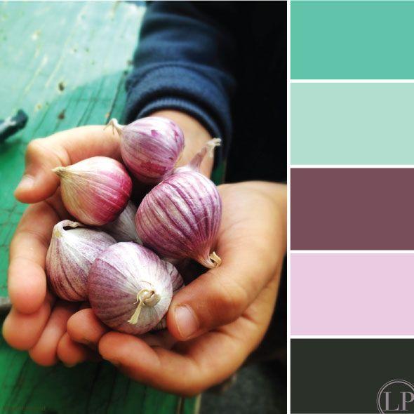 Couleur: Turquoise-violet-mauve-gris-fumé thème: voyage