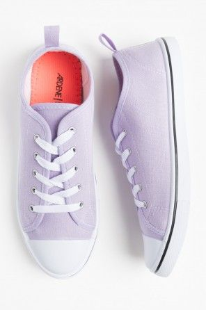 Lilac canvas sneakers