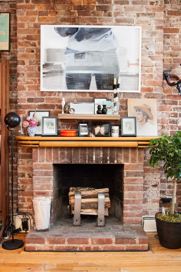 13 Magical Ways To Turn A Tiny Pad Into A Palace #refinery29 http://www.refinery29.com/ideas-for-small-space-living#slide9 AFTERTip 8: Break up your art for a no-cost update. Switching your art around is a super-easy way to give your space a new look without spending any money. Gunnar swapped the large, framed photograph above my bed for the one hanging above the mantle for a light yet impactful refresh. We like how the modern photograph pops against the old-world style fireplace. And, ...