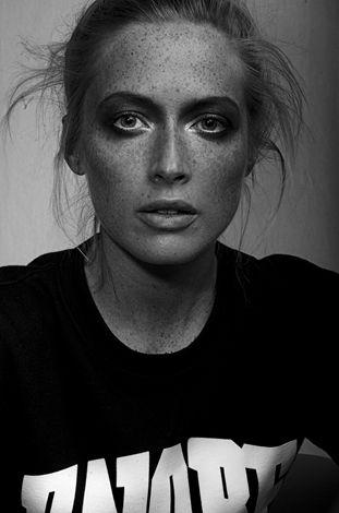 Lara Kiosses - Photography