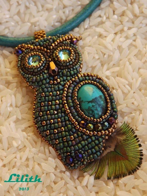 Beaded Owl pendant  by Lilith Gyöngyékszerek