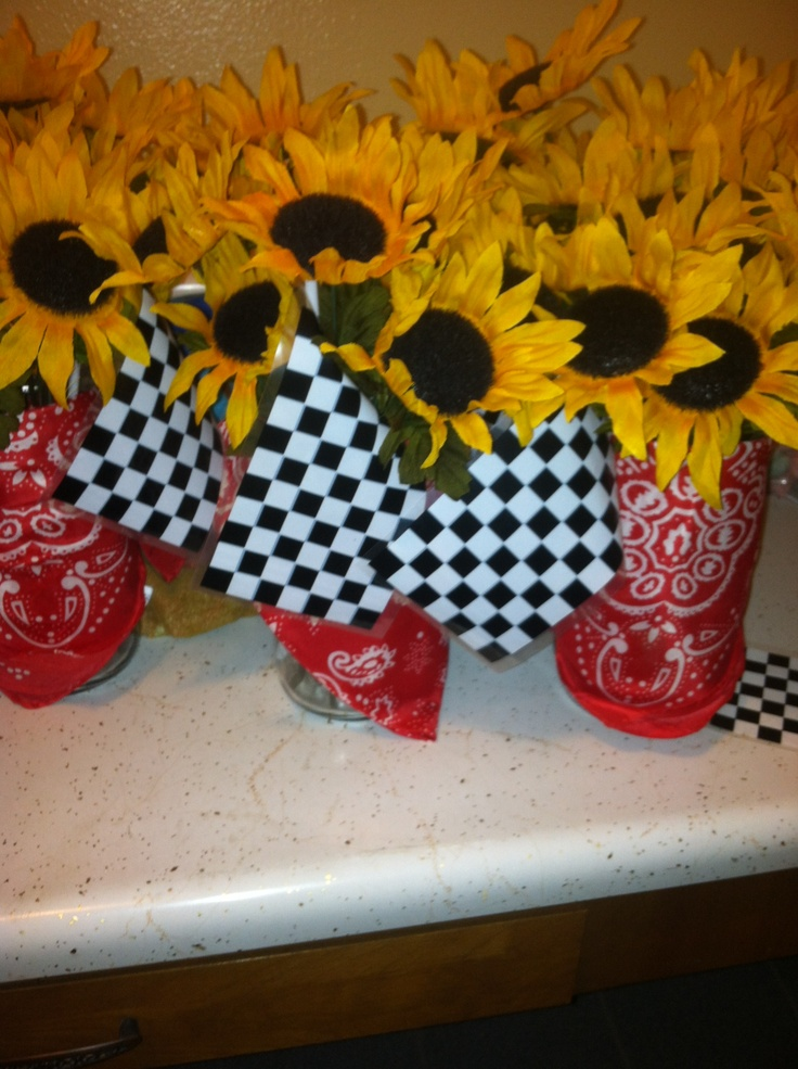 Easy Centerpieces Disney Cars Birthday Disney Cars Pinterest