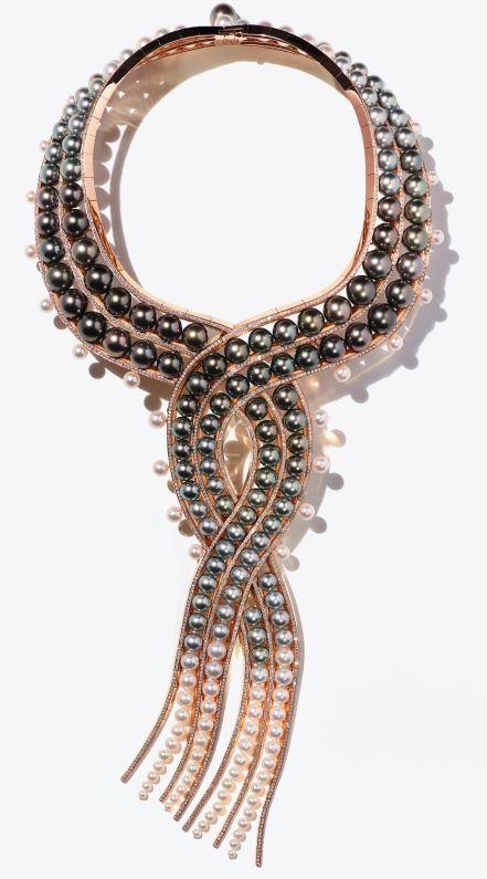 "Collier ""Ombres et Lumière"" Or Rose, Perles Tahiti, Perles Mers du Sud, Perles Akoya © Paul Lepreux / Hermès"