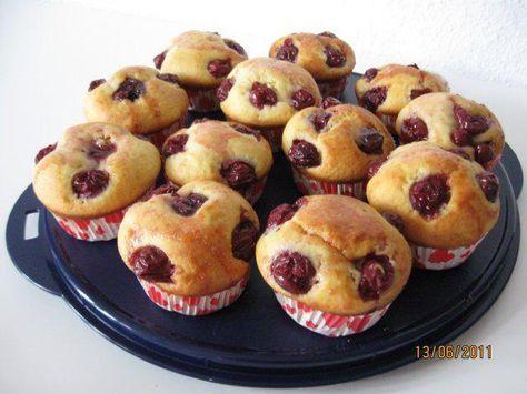 Das perfekte Quark – Kirsch Muffins-Rezept mit Bild und einfacher Schritt-für-S… – Cupcakes & Muffins