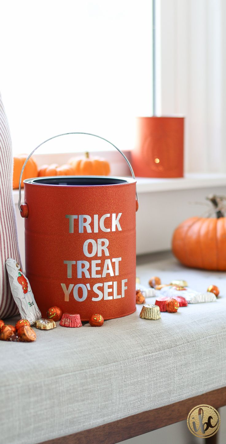 Trick or Treat Yo'self Halloween Tin - DIY halloween decor ideas