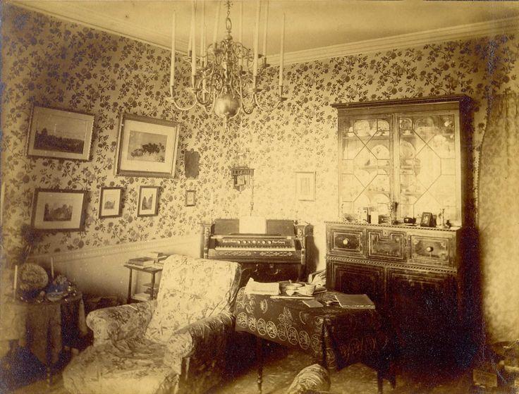 126 best 1930s house interiors images on Pinterest | 1940s decor ...