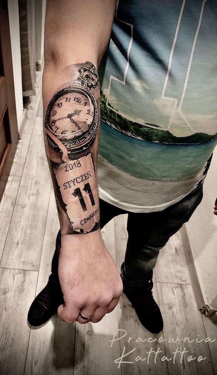Tatuaz Imiona Dzieci Zegar Autor Hadys Dziarownia Pl