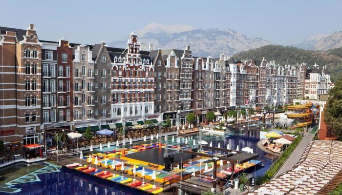 Last-minute-Urlaub: 5*-Strandhotel mit Grachtenflair - 7 Tage ab 290 € | Urlaubsheld.de