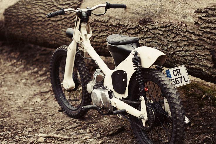 56-Moto-C50-7.jpg 1,400×933 ピクセル