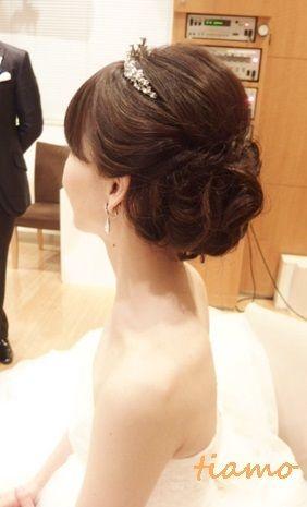 大人可愛いブライダルヘアメイク『tiamo』の結婚カタログ
