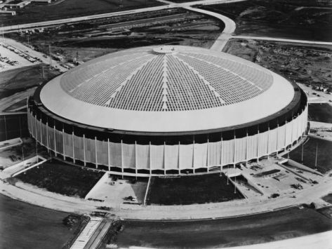 Apr 9, 1965, the Houston Astrodome, the first domed stadium, opens.