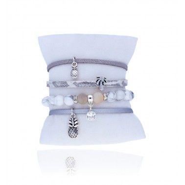 Zestaw bransoletek <3  #aloha #accesories #akcesoria #bydziubeka #summer #vibes #trendy #jewellery