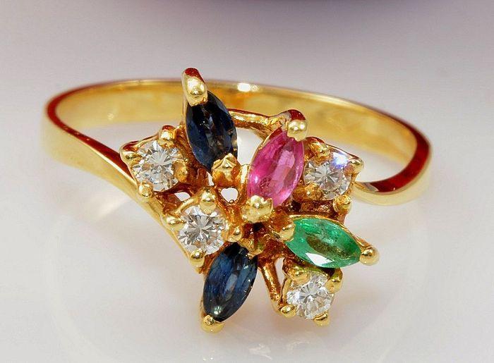 18ct geelgouden ring met diamanten, saffieren, robijn en smaragd