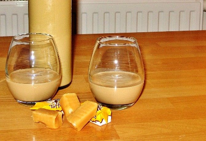 Toffee likőr Szteritől