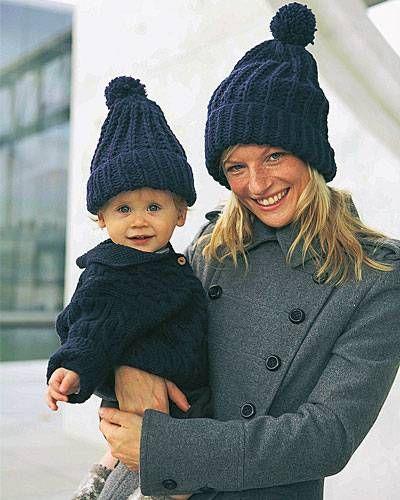 Blaue Mütze für Groß und Klein