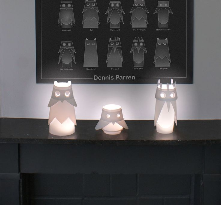 The Birds LED Lamp Set includes all birds so you can make all 30 combinations. It arrives at home as a flatpack through the letterbox. In 10 seconds you got your lantern bird assembled. Give it away as a present and deliver the lucky an original HAPPY-BIRD-DAY. For the smaller purse ALSO SINGLE BIRDS available. [...]