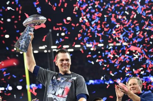 New England Patriots quarterback Tom Brady delivered a video message to the family of a Navy SEAL killed recently in action.