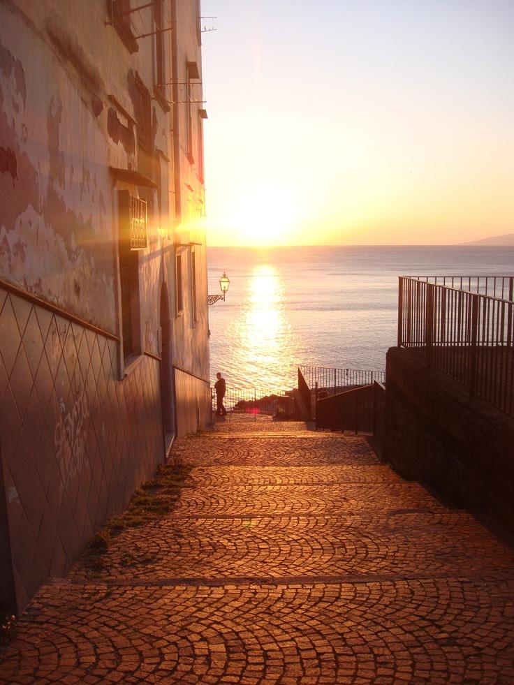 Meta di Sorrento...to the beach