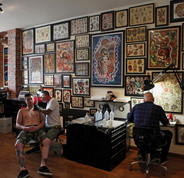 A Brooklyn Tattoo Parlor Popular With Foreigners - NYTimes.com