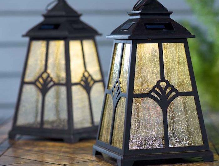 les 25 meilleures id es de la cat gorie lanternes solaires sur pinterest lampes solaires. Black Bedroom Furniture Sets. Home Design Ideas