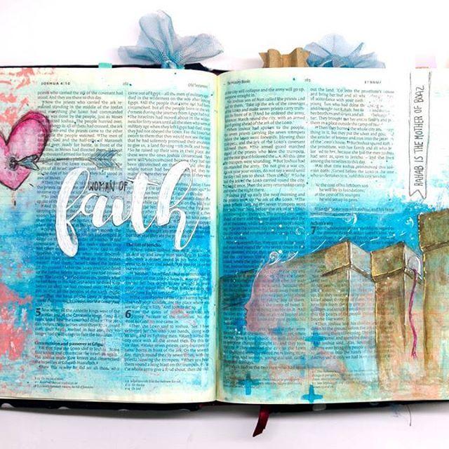 Jericho - Rahab 💙 _________________ .  #art #ikmetliefde #finished #aquarelle #aquarel #windsorandnewton #gelatos #pencil #posca #biblejournaling #biblejournalingnl #bibleart #kleurjebijbel