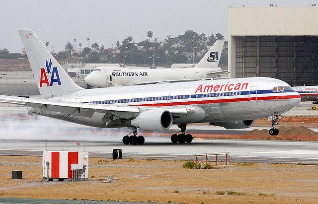 American Ailines 767 N325AA
