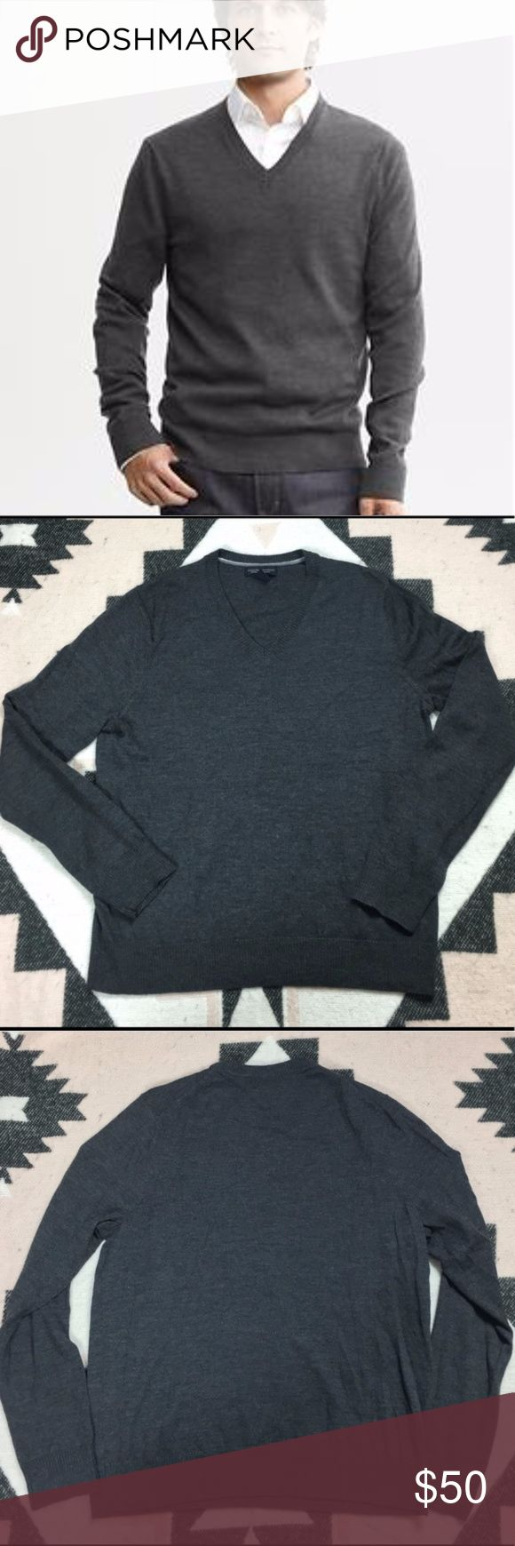 BR Charcoal Gray 100% Merino Wool Vee Pullover L This exceptional quality Merino wool is comfortable, soft and wrinkle resistant, produced by one of the most respected mills in Italy. A natural temperature regulator, it's the stylish choice for any kind of weather.  V-neck Long sleeves Rib-knit collar, sleeve and hem Rib-knit accent at shoulders Straight hem 100% extra-fine Merino wool Dry clean Imported  Size L  Length 29 Arms 27.5 Armpit to Armpit 23.5 Banana Republic Sweaters V-Neck