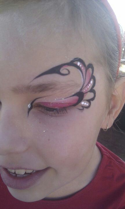#facepaint eye design by Becstar Anthony