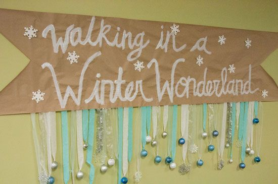 Walking in a winter wonderland banner