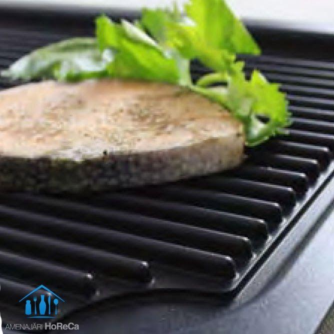 TAVA GRILL  Accesorii bucatarii profesionale, import Olanda  Este realizata din aluminiu turnat; Invelisul este din teflon platinium; Dimensiuni: 530  x325 x 20(H) mm, dimensiuni standard GN1/1; Tava grill potrivita pentru cuptoare;