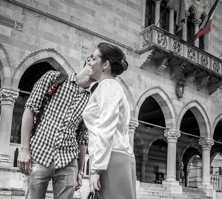 Random #kisses. This #pic is so cute<3 #atelieritaliano #photoshoot #backstage