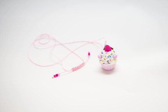 Clay cupcake necklace. Handmade from polymer clay by ClayMiniGifts
