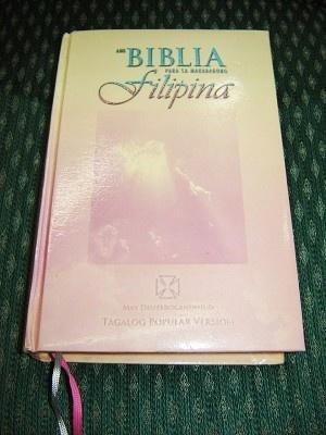 Description  Tagalog Women's Bible Catholic Edition / Ang Biblia Para Sa Makabagong Filipina May Deuterocanonico / RTPV-WB 053 DC PBS 2005 Philippines