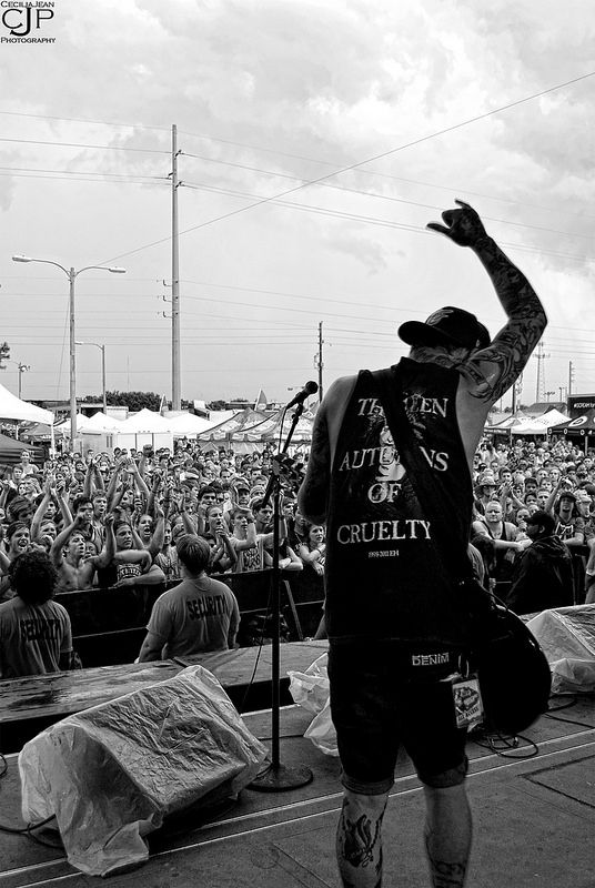 Ahren Stringer // The Amity Affliction // Orlando, Fl. // Warped Tour by CeciliaJean on Flickr.