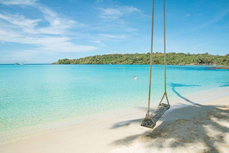 タイ最南端にある島、『プーケット島』。アンダマン海の真珠と呼ばれる美しい海を持つプーケットは、世界中から観光客が集まる人気の旅行先スポットです。そんなプーケットは女子旅に最適の旅行先!今回は、プーケットが女子旅に最適の7つの理由をご紹介します。