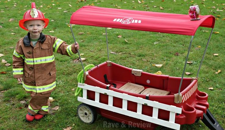 Turn your wagon into an awesome DIY fire truck for your little firefighter this Halloween!