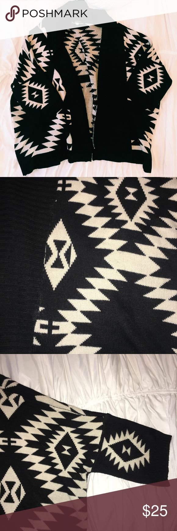 Tribal Print Sweater Cream and black tribal print sweater! In perfect condition, super warm and comfy. Love Culture Sweaters Cardigans