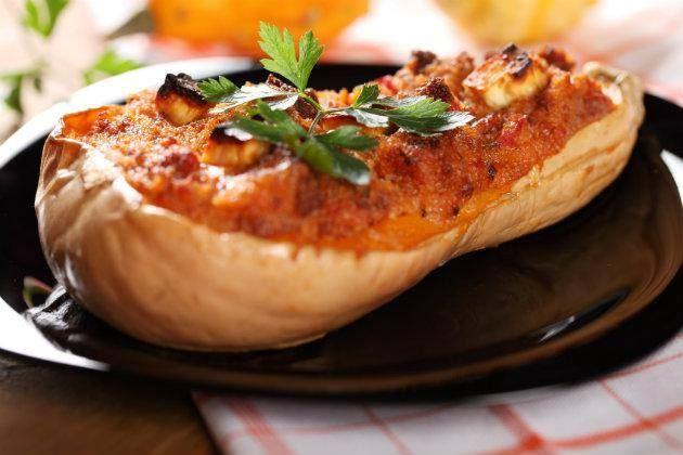 Ingredientes 1 Calabaza Granos de choclo (100g) 1 Ají morrón rojo 3 Cebollitas de verdeo 2 cucharadas de Pan rallado fino 2 cucharadas...