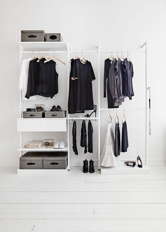 + Minimalism with valent basics ...