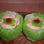 Coppette di verza con gamberi in salsa rosa piccante   Ricette della Nonna